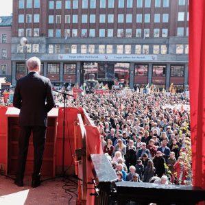 Jonas skal til Hedmark. Hadia reiser til Troms og Nordland. Kjersti til Finnmark. Her kan du se hvor de mest sentrale Ap-politikerne holder 1. mai-tale i år.