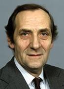 Tidligere fiskeriminister Eivind Bolle døde i går, 10. juni, 88 år gammel.