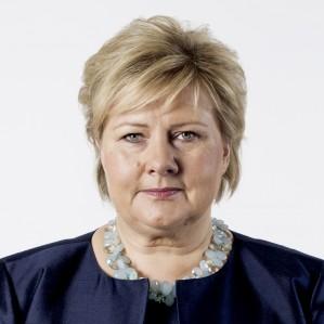 Til tross for kraftig økning i arbeidsledigheten, påstod Høyre at de har fått arbeidsledigheten ned. Påstanden har rullet i kjøpt radioreklame på P4. Nå tvinges partiet til å stanse reklamen, som var et ledd i partiets kampanje for å sikre Erna Solberg (bildet) gjenvalg som statsminister.