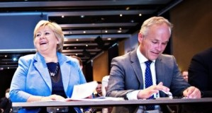 - Folk har ikke peiling, sa Erna Solberg i forrige uke da hun ble møtt med at et flertall i folket ikke ønsket Høyres gavepakke med skattekutt til mangemillionærer og milliardærer. - Erna Solberg er nedlatende, svarer folk på gata.