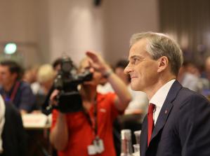 Arbeiderpartiet måles til rekordnivå på den nyeste gallupen som Norstat har gjort for NRK. Partiet får nå sin høyeste oppslutning på nesten 30 år!