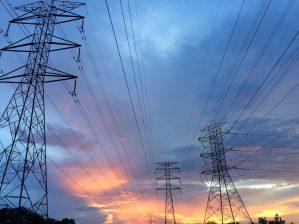 LO-forbundet Industri Energi har tidligere kritisert Arbeiderpartiet i saken om ACER, det europeiske energibyrået. Men nå gir de i stedet Arbeiderpartiet velfortjent ros, særlig for å ha stanset den nye sjøkabelen mellom Norge og Skottland.