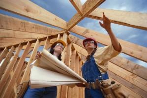 Høyres boligpolitikk knuses av nye SSB-tall som er offentliggjort denne uka. - Høyres boligpolitikk fremstår som tom retorikk og regelrett bløff i møte med virkeligheten, skriver vi i dag. I stedet for Høyres passive skattekutt til de rikeste i samfunnet, er det Arbeiderpartiets aktive handlingslinje som sørger for vekst i boligbyggingen.