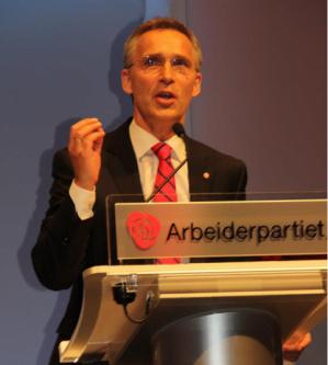 Arbeiderpartiet fosser fram på meningsmålingene etter valget. I en rykende fersk måling i dag går Arbeiderpartiet fram med 3,4 prosentpoeng fra forrige måned, og har nå støtte fra over 35 % av velgerne.
