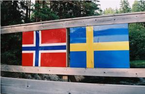 Høyres statsministerkandidat Erna Solberg sier at Norge må se til Høyre-styrte Sverige og kopiere politikken som føres der. Men i Sverige får nå arbeidsløs ungdom betalt for å flytte - til Ap-styrte Norge!
