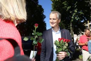 MEDLEMSVEKST: Partileder Jonas Gahr Støre (bildet) og resten av Arbeiderpartiet kan glede seg over kraftig medlemsvekst i oktober. Her fra valgkampen i 2013. Foto: Arbeiderpartiet.no