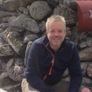 UT AV HØYRE: Gründeren bak Komplett.no, Eric Sandtrø, melder seg ut av Høyre i protest mot statsbudsjettet. Foto: Twitter/EricSandtro