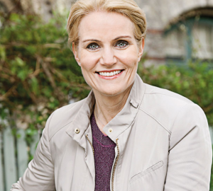 KNAPP LEDELSE: Socialdemokraternes Helle Thorning-Schmidt (bildet) kan gå mot fire nye år i statsminister i Danmark, viser en fersk meningsmåling. Foto: Socialdemokraterne.dk