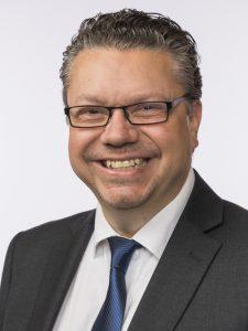 MÅ TILBAKEBETALE: Ulf Isak Leirstein, stortingsrepresentant for Fremskrittspartiet, tvinges til å tilbakebetale styrehonorar etter avgjøørelse i Stiftelsestilsynet. Leirstein nekter å kommentere saken overfor NRK. Foto: Stortinget.no
