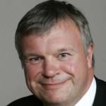 Bjarne Håkon Hanssen gir seg som statsråd